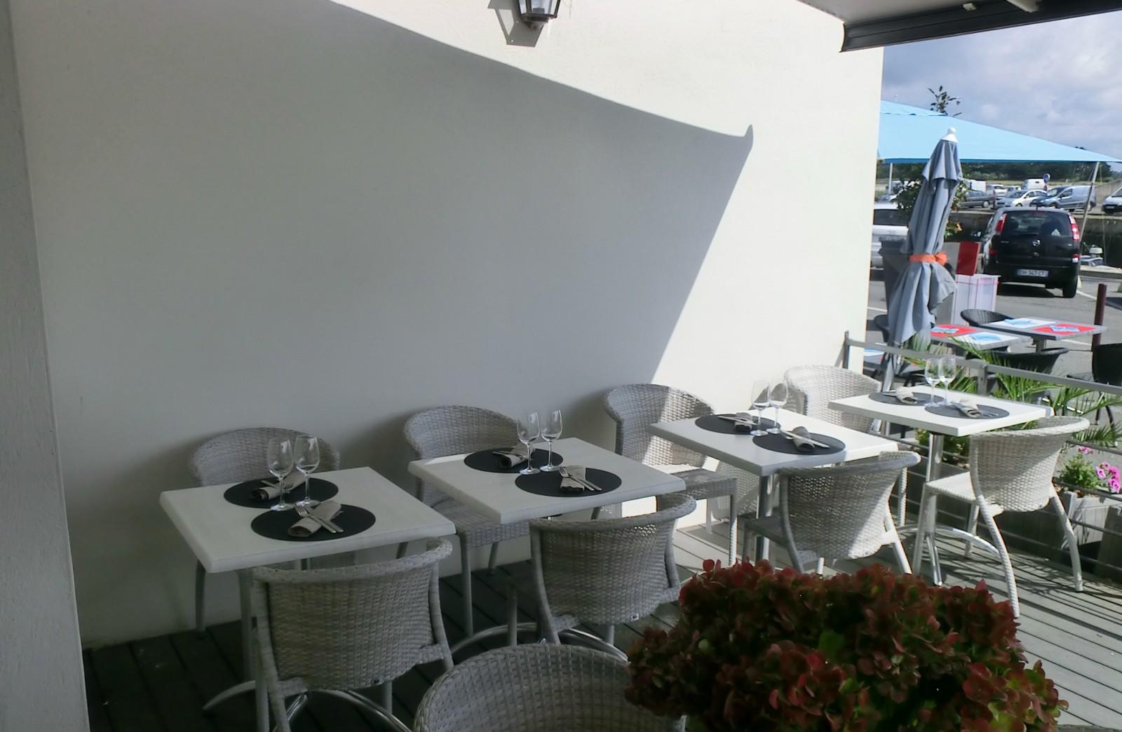 Terrasse hôtel restaurant l'estacade sur le port le croisic
