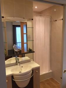 salle de bain chambre suite l'estacade port du croisic hôtel 3 etoiles
